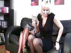 lesbian fuk toys