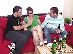Hot 3some with mature girl after couple of beers