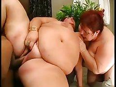 Yoke Grown up BBWs in a Threesome