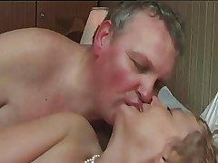 bi chub increased by wife