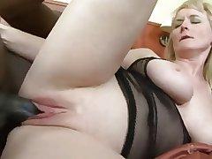 mature anal slut