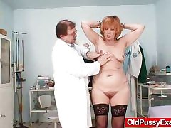 Redhead gran pussy gaping readily obtainable gyno hospital