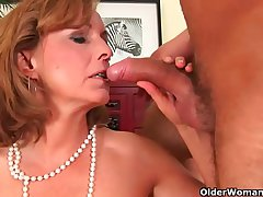 Patriarch lady with hot body gets drilled on the couch