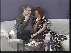 Mature abstruse sucks husband's cock then commons young punk chick's pussy beyond everything sofa