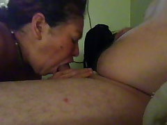 Mi suegra disagreeable mamando mi pija - real aunt sucking my weasel words