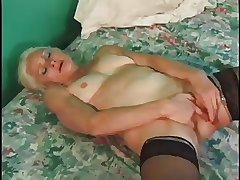 Slutty Granny Gets Fast Fucking With Cumshot