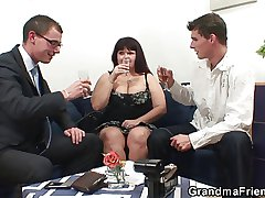 Several dudes apportionment huge titted mommy