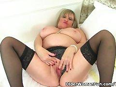 British granny Alisha Rydes loves wearing stockings soon she masturbates