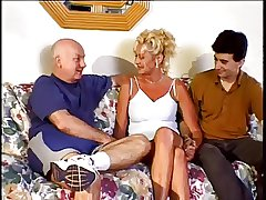 Sexy Tiro Granny Have Intercourse With 2 Guys