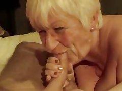 Granny playing surrounding icecube