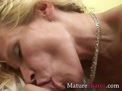 Unpaid MILF sucking pornstar unearth
