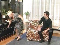 Maroon Grandma Goes All Dramatize expunge Way