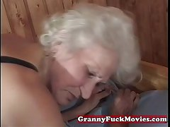 matured granny pussy poked