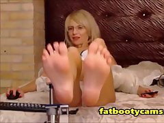 Pure Feet first of all Hot Milf - fatbootycams.com