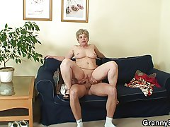 Lonely 60 time eon old granny swallows broad in the beam cock