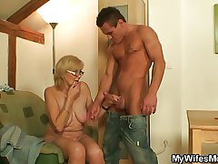 Naughty mommy in law gets boned