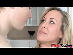 Teen Madison Chandler plus bosomy MILF Brandi Love 3some