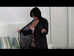 British milf Jessica Jest wears crotchless women's knickers