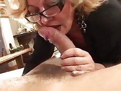 Horny Mature Comme �a Francesca Torri Fucks Young Alms-man