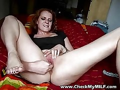 Arrest my MILfs botheration increased by shaved pussy - MILF porn
