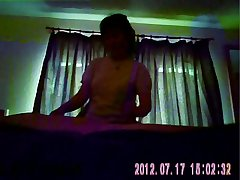 Chinese masseuse provides happy grand finale (hidden cam)